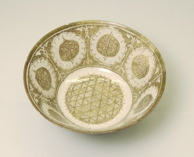 Bowl, early 13th century. Ceramic; fritware, painted in copper luster on a white slip ground under a transparent glaze, 3 7/8 x 8 7/16 in. (9.8 x 21.4 cm). Brooklyn Museum, Gift of Mr. and Mrs. Charles K. Wilkinson, 69.121.1. Creative Commons-BY