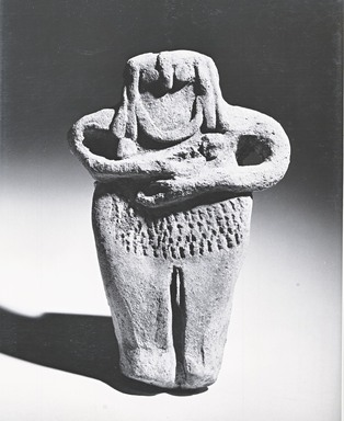Female Figurine, late 3rd millennium B.C.E. Terracotta, 5 1/2 x 3 9/16 x 13/16 in. (14 x 9 x 2 cm). Brooklyn Museum, Gift of Helena Simkhovitch in memory of her father, Vladimir G. Simkhovitch, 72.133. Creative Commons-BY