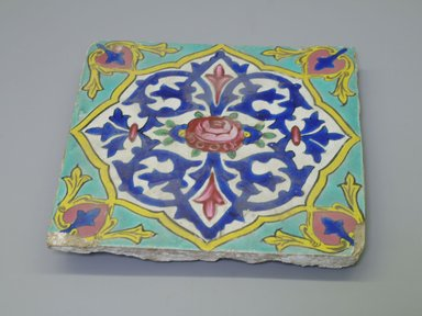 Tile, ca. 1830-1840. Ceramic, 7 11/16 x 1 1/8 x 7 5/8 in. (19.5 x 2.9 x 19.3 cm). Brooklyn Museum, Purchased with funds given by Mr. and Mrs. Charles K. Wilkinson, 72.90.1. Creative Commons-BY