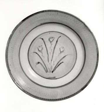 Bernard Leach (English, 1887-1979). Plate, ca. 1935. Porcelain, glazed, 1 1/4 x 7 3/4 in. (3.2 x 19.7 cm). Brooklyn Museum, Gift of Horst Kleindienst, 81.120. Creative Commons-BY