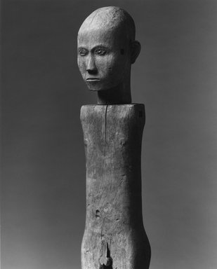Sa'dan Toraja. Male Funerary Figure (Tau-tau, Bombo di Kita), 20th century. Wood, 57 x 7 1/2 x 7 in. (144.8 x 19.1 x 17.8 cm). Brooklyn Museum, Purchased with funds given by Frieda and Milton F. Rosenthal, 82.11a-b. Creative Commons-BY