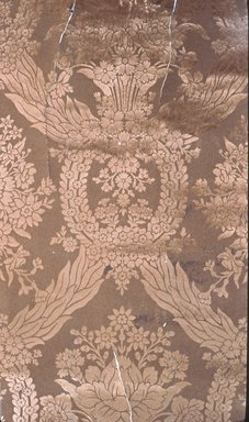 Wallpaper, ca. 1900. Paper, 19 x 34 1/2 in. (48.2 x 87.0 cm). Brooklyn Museum, Gift of Arlene M. and Thomas C. Ellis, 82.239.37