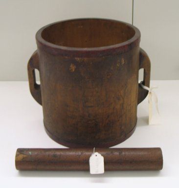 Rice Measure, 19th century. Wood, copper, 12 5/8 x 15 in. (32.1 x 38.1 cm). Brooklyn Museum, Gift of Mr. and Mrs. David Goldschild, 83.184.3. Creative Commons-BY