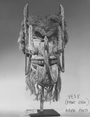 Mask (Ges), 19th century. Wood, fiber (Turbo petholatus opercula), pigment, 23 1/2 x 11 3/4 x 15 3/4 in. (59.7 x 29.8 x 40 cm). Brooklyn Museum, Gift of Frieda and Milton F. Rosenthal, 84.58. Creative Commons-BY
