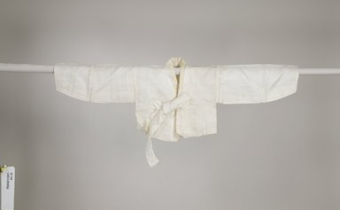 Woman's Jacket (Jeogori), early 20th century. Linen with silk ties, 17 1/2 x 50 1/2 x 16 9/16 in. (44.5 x 128.3 x 42 cm). Brooklyn Museum, Gift of Yasuko Tada, 86.190. Creative Commons-BY