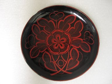 Folk - Lacquer Dish, mid-20th century. Turned wood coated with lacquer, 5/8 x 6 3/8 in. (1.6 x 16.2 cm). Brooklyn Museum, Gift of Dr. Hugo Munsterberg, 87.129.5. Creative Commons-BY