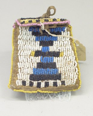 Plains (Native American). Pouch, late 19th century. Beads, leather, sinew, porcupine quills, 3 x 3 5/8 in. (7.6 x 9.2 cm). Brooklyn Museum, Brooklyn Museum Collection, X1126.24. Creative Commons-BY
