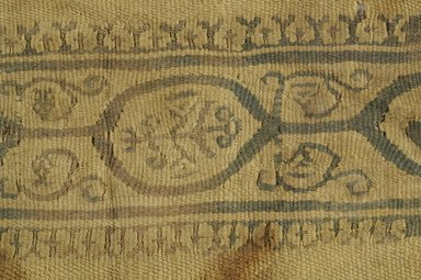 Coptic. Textile. Wool, 6 1/2 x 11 7/8 in. (16.5 x 30.2 cm). Brooklyn Museum, Brooklyn Museum Collection, X944. Creative Commons-BY