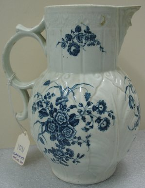 Worcester Royal Porcelain Co. (founded 1751). Jug, ca. 1775. Porcelain, 8 1/2 x 7 1/4 x 6 in. (21.6 x 18.4 x 15.3 cm). Brooklyn Museum, Gift of the Estate of Harold S. Keller, 1999.152.260. Creative Commons-BY
