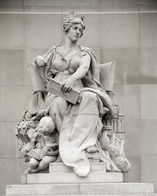 Daniel Chester French (American, 1850-1931). Allegorical Figure of Brooklyn, from the Manhattan Bridge, NYC (removed 1963), 1915-1916. Granite, approx: 13 ft., 39000 lb. (396.3 cm, 17690.28kg). Brooklyn Museum, Lent by the Art Commission of The City of New York, L64.23.1. Creative Commons-BY