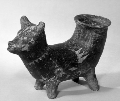 Native American (unidentified). Pot, 1400-1700  C.E. Clay, slip, 6 1/8 x 8 3/4 in.  (15.5 x 22.2 cm). Brooklyn Museum, Brooklyn Museum Collection, X580. Creative Commons-BY