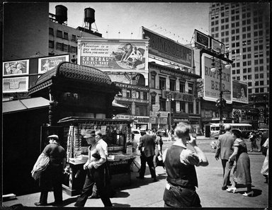Berenice Abbott (American, 1898-1991). Union Square, July 16, 1936. Gelatin silver photograph, 6 7/8 x 8 7/8 in. (17.5 x 22.5 cm). Brooklyn Museum, Brooklyn Museum Collection, X858.87