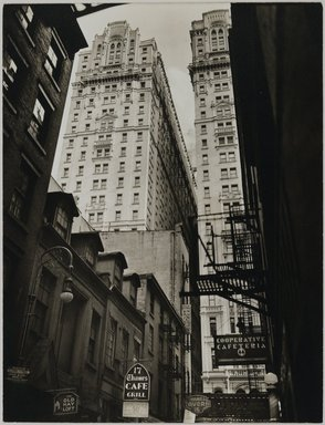 Berenice Abbott (American, 1898-1991). Vista: Thames Street, No. 22, Man., February 15, 1938. Gelatin silver photograph, 9 5/16 x 7 1/8 in. (23.7 x 18.1 cm). Brooklyn Museum, Brooklyn Museum Collection, X858.24