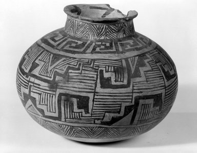 Ancient Pueblo (Anasazi) (Native American). Jar, ca. 900-1300. Clay, slip, 5 3/4 x 6 1/2 in.  (14.6 x 16.5 cm). Brooklyn Museum, Brooklyn Museum Collection, X949.7. Creative Commons-BY
