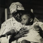 [Untitled] (Woman with Child, Tennessee)