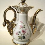 Coffee Pot with Top