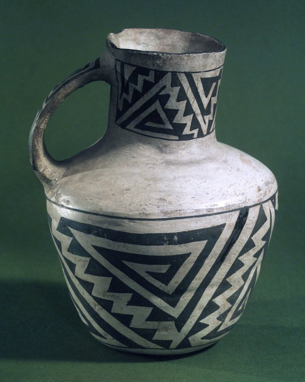 Brooklyn Museum: Pitcher with Black on White Geometric Designs