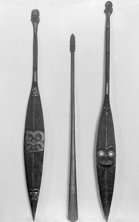 Brooklyn Museum: Paddle  (Hoe)