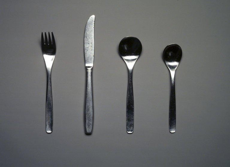 Brooklyn Museum: Decorative Arts: Four-Piece Flatware Setting