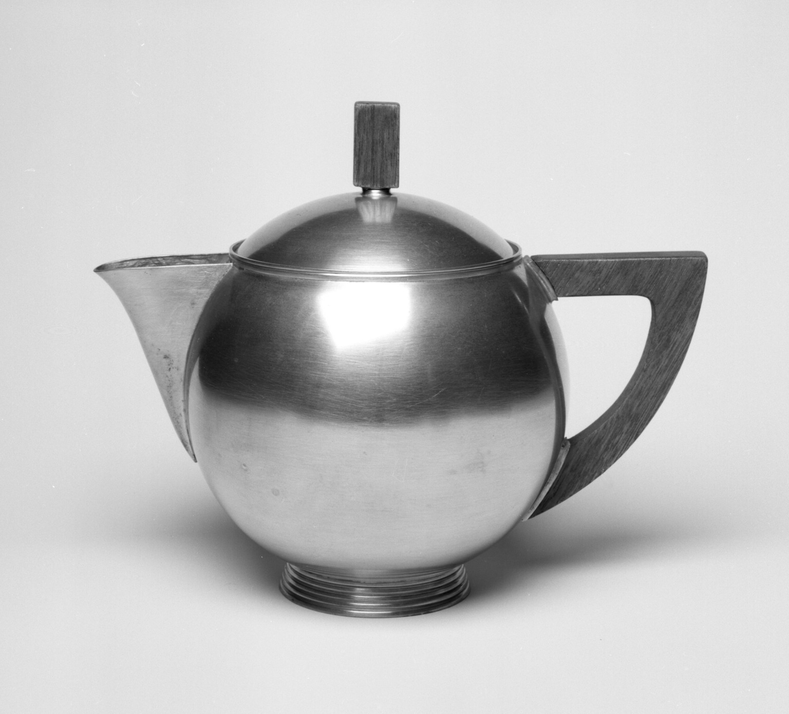 Brooklyn Museum: Teapot with Lid