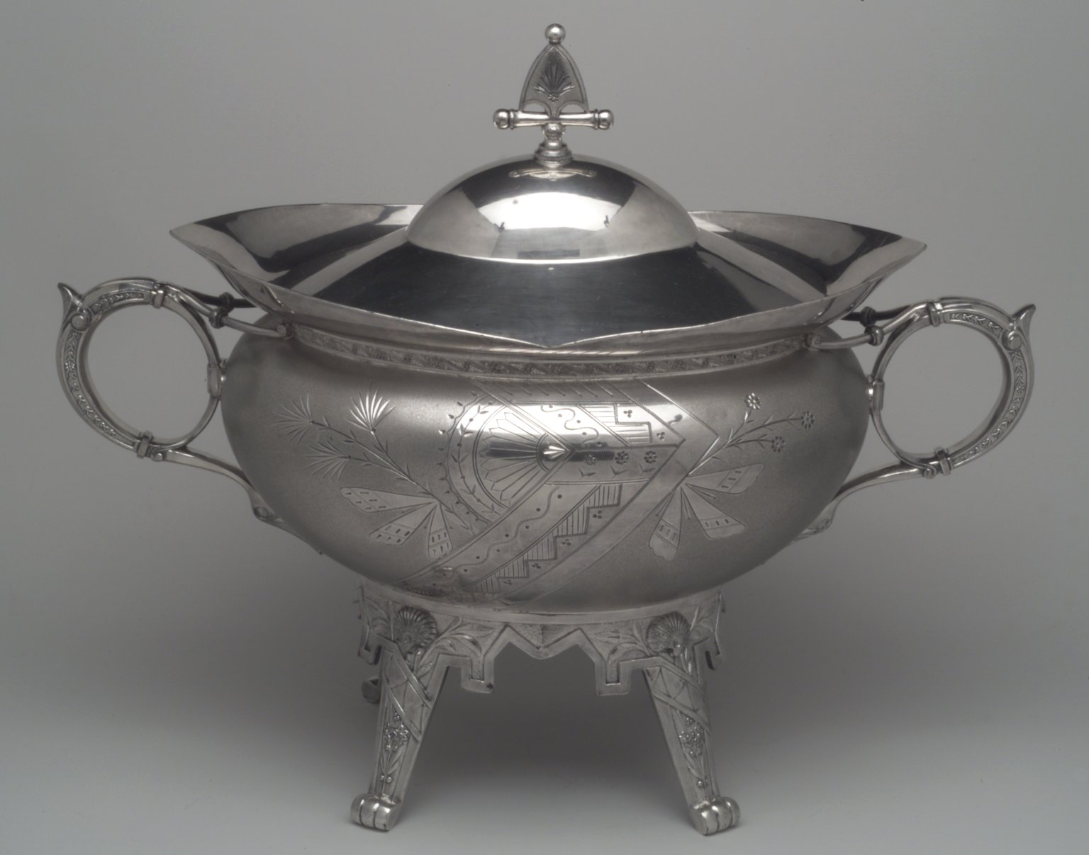 Brooklyn Museum: Tureen and Cover