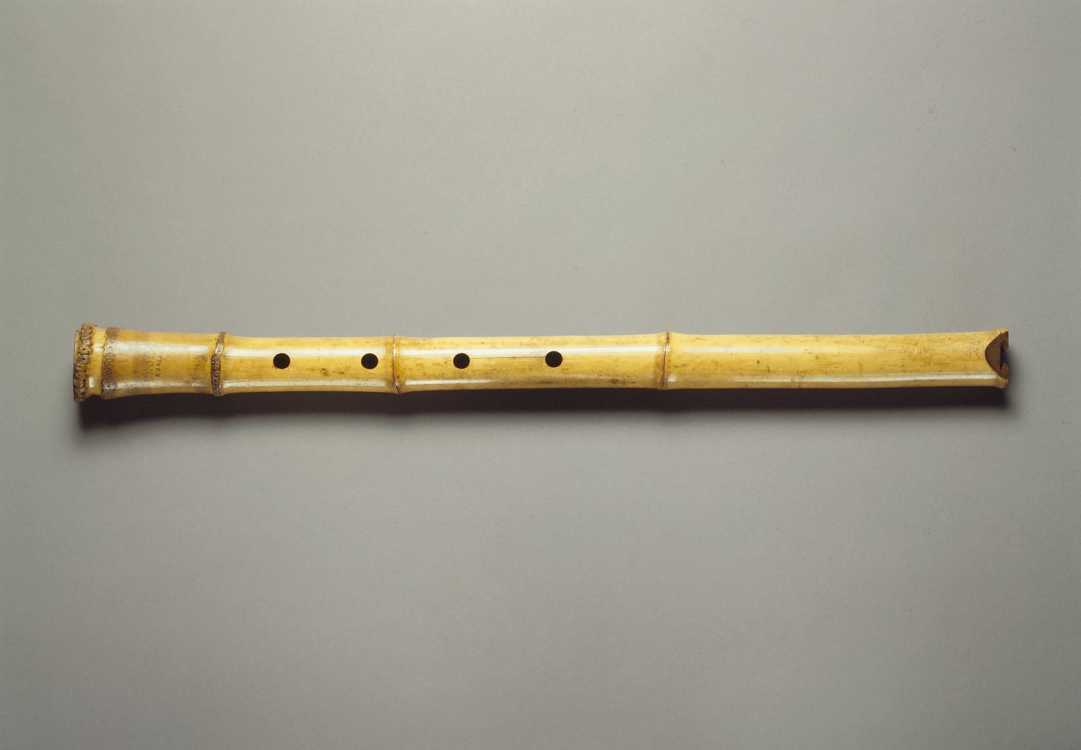 how to play shakuhachi flute