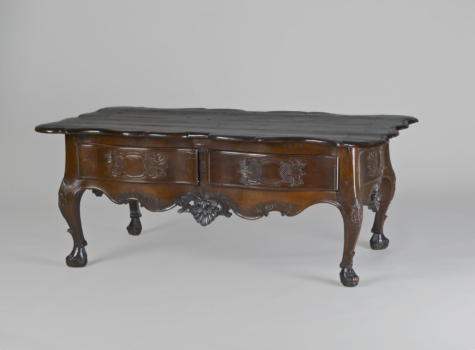 Brooklyn museum decorative arts low estrado table for Table 52 art smith