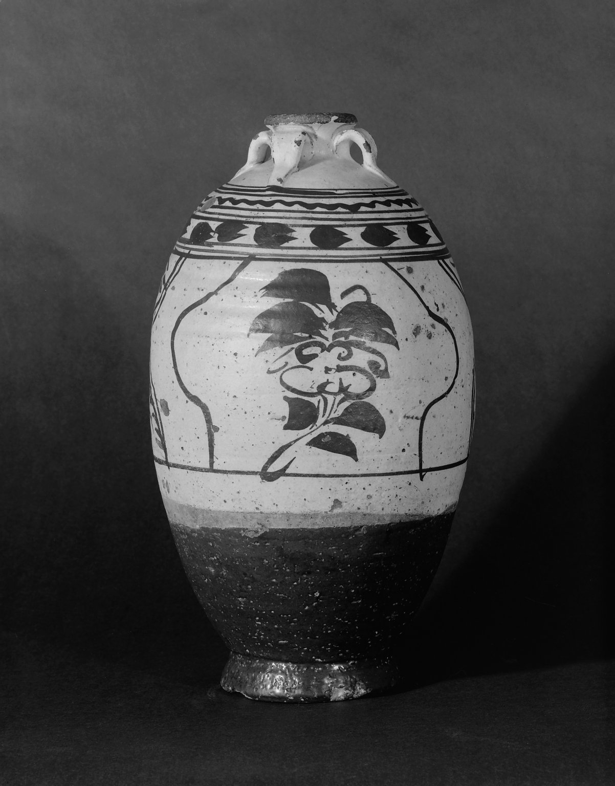 Brooklyn Museum: Vase with 4 Handles