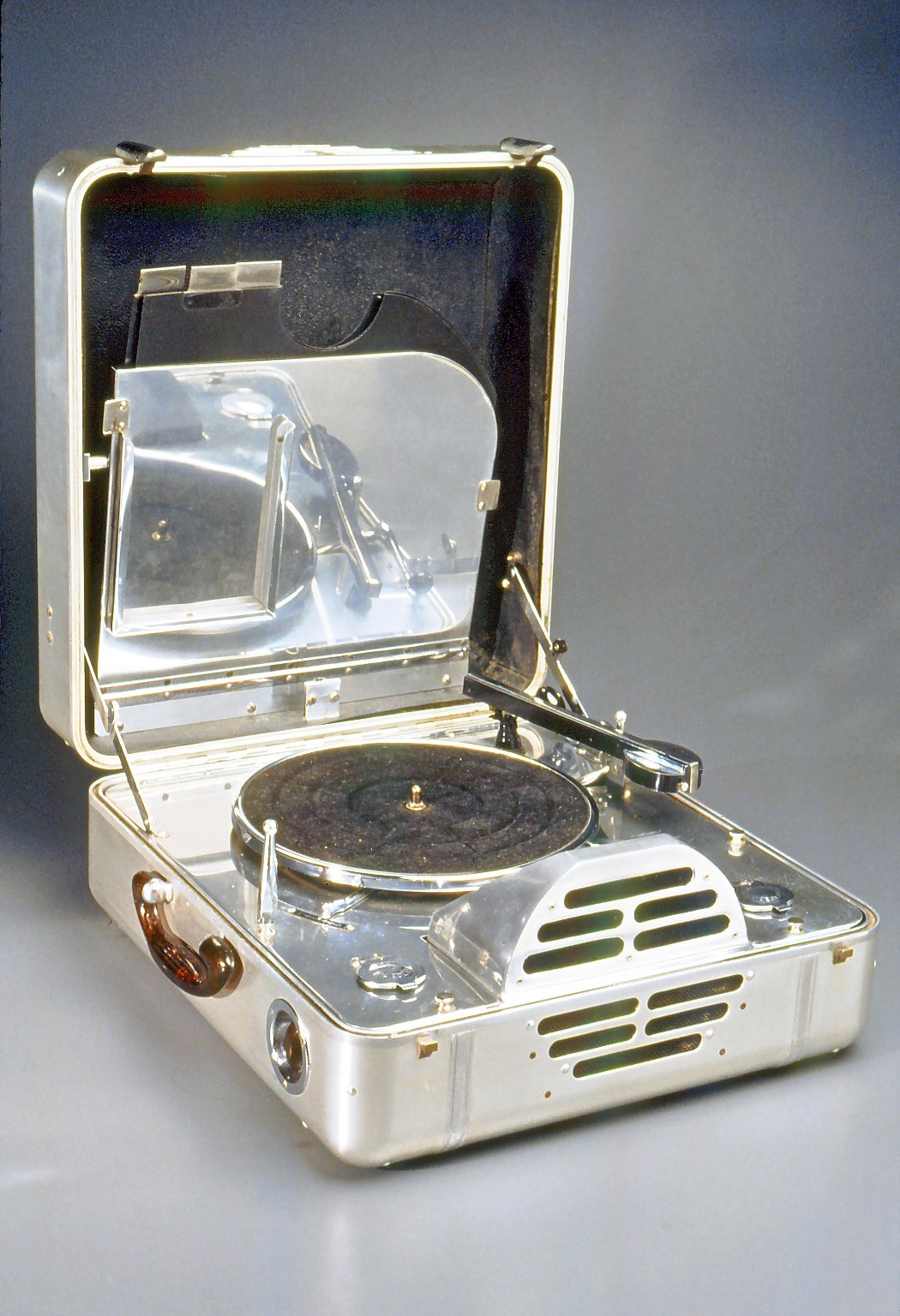 Brooklyn Museum: RCA Victor Special Model K, Portable Electric Phonograph