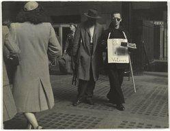 George Gilbert (American, born 1922). The Veteran's Return, Pennsylvania Station, 1946. Gelatin silver photograph, 10 1/2 x 13 1/2 in. (26.7 x 34.3 cm). Brooklyn Museum, Gift of the artist, 1993.131.2. © artist or artist's estate