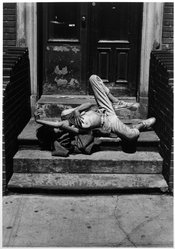 Ira McCrudden. Margaret Withdrawal (Hell's Kitchen), 1990. Gelatin silver photograph, image, 13 x 9 1/8 in. (33.0 x 23.0 cm). Brooklyn Museum, Gift of the artist, 1993.168.1. © artist or artist's estate