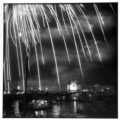 Bruce Cratsley (American, 1944-1998). Venice Fireworks, 1982. Selenium-toned gelatin silver photograph, image: 9 1/2 x 9 1/4 in. (24.1 x 23.5 cm). Brooklyn Museum, Gift of the artist, 1995.205.1. © artist or artist's estate