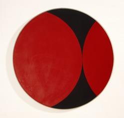 Leon Polk Smith (American, 1906-1996). Stonewall, 1956. Oil on canvas, Diameter: 35 1/2 in. (90.17 cm). Brooklyn Museum, Bequest of Leon Polk Smith, 2011.12.5. © artist or artist's estate