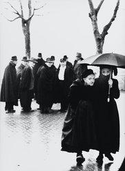 Mario Giacomelli (Italian, 1925-2000). [Untitled], n.d. Gelatin silver photograph, Sheet: 15 5/8 x 11 1/2 in. (39.7 x 29.2 cm). Brooklyn Museum, Gift of Dr. Daryoush Houshmand, 80.216.13. © Simone Giacomelli