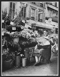 Paula Wright. Flower Vendor, Paris, 1961. Gelatin silver photograph, sheet: 20 x 16 in. Brooklyn Museum, Gift of the artist, 83.142.3. © artist or artist's estate