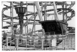 Deborah Freeman (American, born Italy 1947). Untitled (Coney Island), 1982. Dye transfer chromogenic photograph, image: 6 1/2 x 9 3/4 in. (16.5 x 24.8 cm). Brooklyn Museum, Gift of the artist, 87.151. © artist or artist's estate