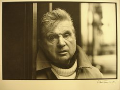 Jesse Fernandez (Cuban, 1925-1986). Francis Bacon, 1979. Gelatin silver photograph, image: 7 1/2 x 11 in. (19.1 x 27.9 cm). Brooklyn Museum, Gift of Everett Aison, 1996.163. © artist or artist's estate