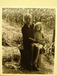 Builder Levy (American, born 1942). Mae Phillips and Her Granddaughter Jeanne Kildav, Harlan County, Kentucky, 1974. Toned gelatin silver photograph Brooklyn Museum, Gift of Harold and Vivian Levy, 85.189.4. © artist or artist's estate